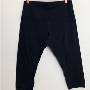 Black lululemon high rise cropped leggings size 12